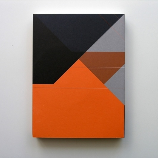 Arte e Delinquência F.C.Gulbenkian / 2012 | MAGA #orange #design #graphic #art