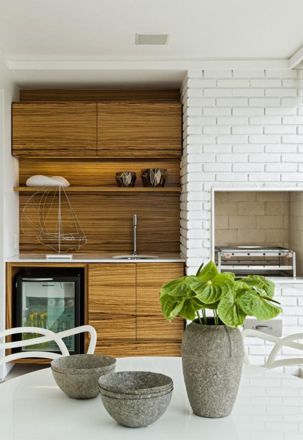 Airy Apartment Interior by Diego Revollo in main interior designCategory #interior #brick #white #vessels #kitchen #ceramic