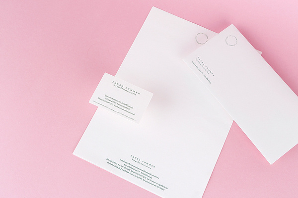 Logoentwurf und Geschätsausstattung für Vergolderin Laura Sommer #stationary