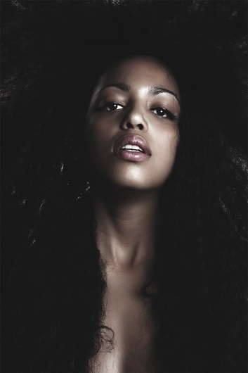 Portrait Aurelie ABAD by Kenyon Manchego » Design You Trust – Design Blog and Community #photography #portrait