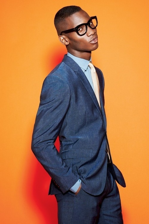 womensweardaily: Men's Trend: Separate Ways Burberry London's linen suit and DKNY's cotton shirt. Prada tie; Linda Farrow Luxe glass #black #photograph #fashion #man #suit