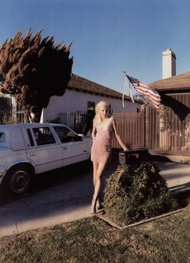 Read My Mind: Photos by Stephen Shore #blond #girl #flag #photo #american #photography #shore #stephen