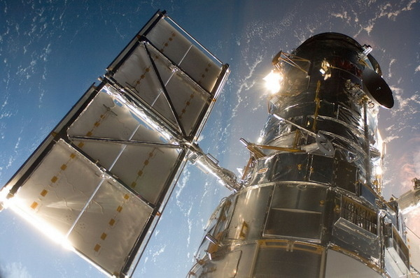 Gravity by NASA Goddard Space Flight CenternNASA Goddard Space Flight Center is home to the nations largest organization of combined scie #inspration #photography #art