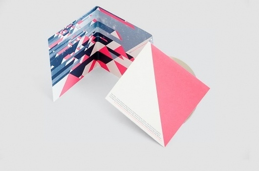 Studio Parallell » VÄÄRT – Sommarfågel, album CD '10 (A West Side Fabrication). #design #graphic