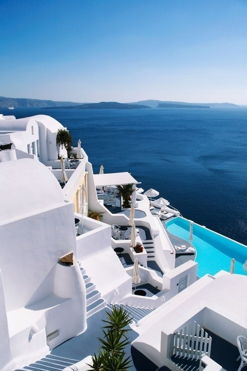 CJWHO ™ (Katikies Hotels is a line of boutique hotels in...) #ocean #santorini #design #landscape #photography #architecture #oia #greece