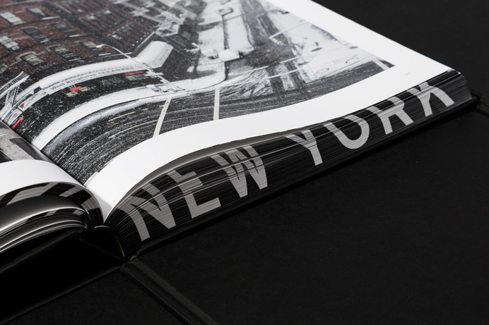 Deutsche & Japaner #white #book #black #photography #and #type #editorial