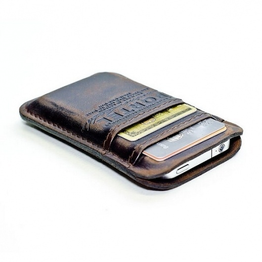 Retro Leather Wallet for iPhone, iPod and Credit Cards #design