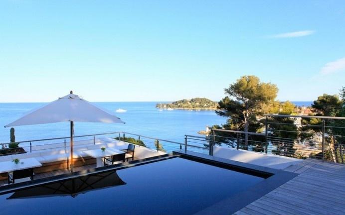 Villa O a splendid destination of French Riviera/ www.homeworlddesign.com #french #villa #riviera