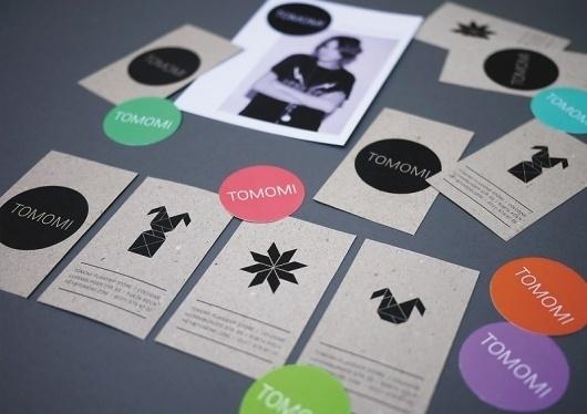 Tomomi #logo #brand #identity #picto