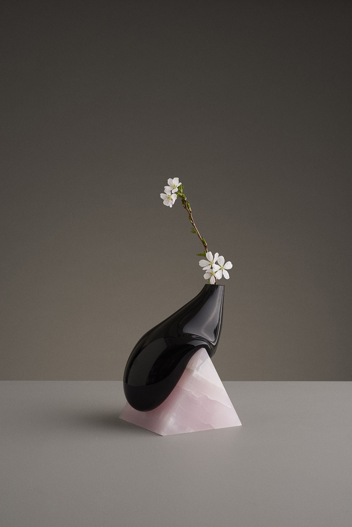 indefinite vases by studio E.O. Erik Olovsson design interior product modern miminal deconstruction vase flower flowers marble stone geometr