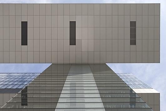 Anna Aaron | Bild 469 « Kranhaus (Koeln) #phtography #aaron #anna #architecture