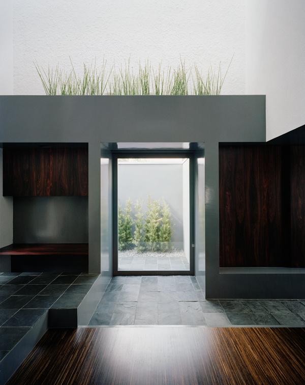 CJWHO ™ (FORM / KOUICHI KIMURA ARCHITECTS) #design #interiors #photography #architecture #luxury