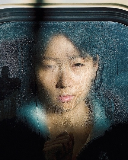 Photographs of Compressed Tokyo Metro Passengers by Michael Wolf | Art Sponge #photography #portrait