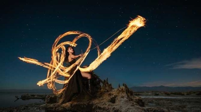Light Photography by Benjamin Von Wong #inspiration #photography #light