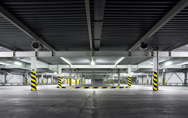 Branislav Kropilak #photo #photography #garage #parking