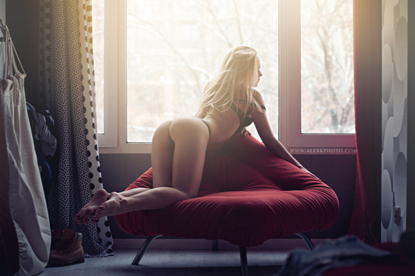 186Молодые девушки раком порно фото