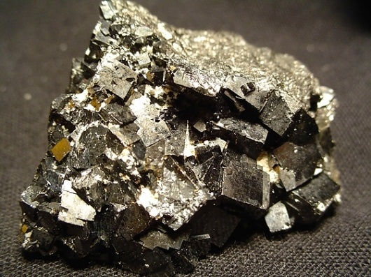 PATTERNITY /// #crystals #pyrite