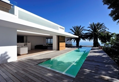 House in Camps Bay by Luis Mira Architects | Daily Icon #pool #sun #holiday #architechture