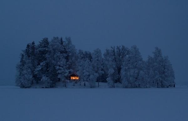 Cabin Porn #landscape #island #cabin #twilight #winter