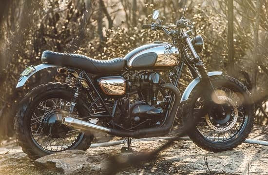 Deus' newest bike, the Wishbones #KawasakiW650 #Wishbones #Deus #DeusExMachina