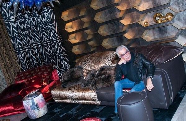 Designer Roberto Cavalli #accessories #artistic #collection #home #furniture #cavalli #art #roberto