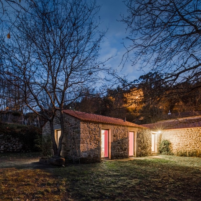 1699 Farmer House Redesigned for Modern Rural Tourism