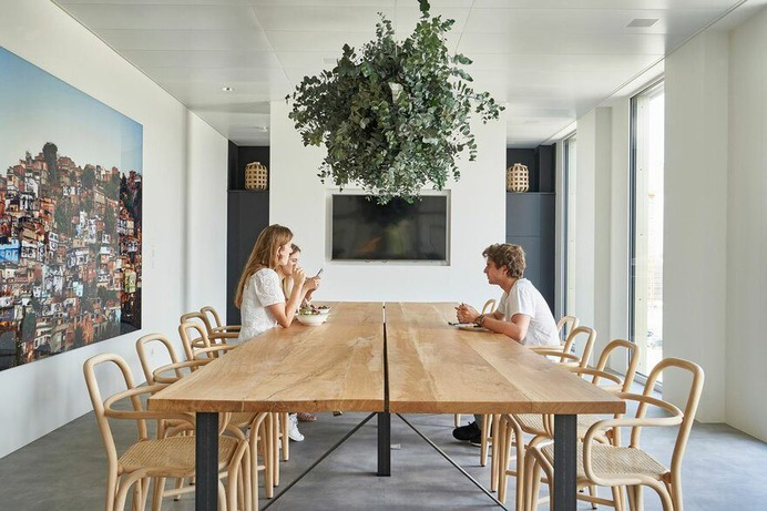 DLG New Creative Workspace in Geneva by Bloomint Design