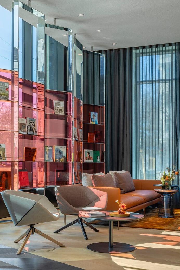 The lobby München / concrete Amsterdam
