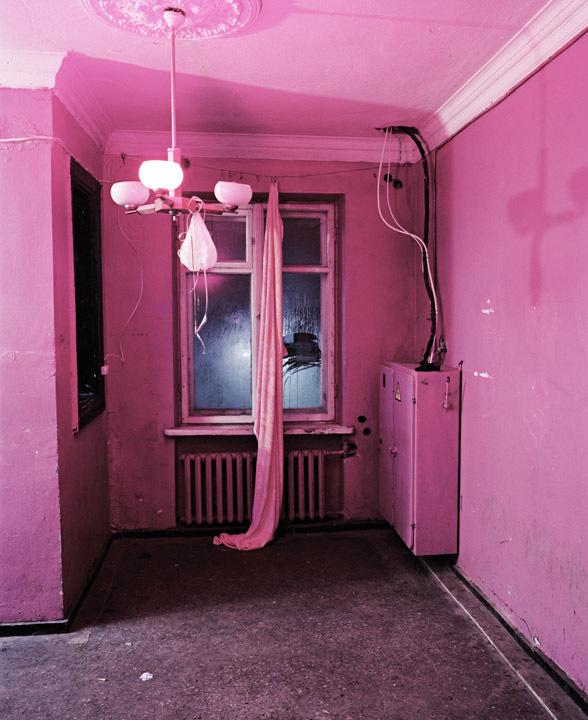 06_Andrew_Miksys_DISKO #pink #photo #disco #room