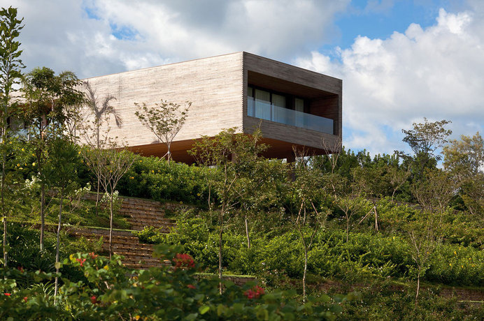 Volumetric Holiday Home in Brazil by Bernardes + Jacobsen Arquitetura #modern #home #architecture #holiday #brazil