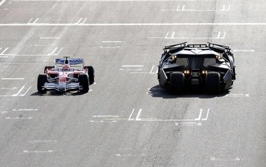 4-batmobile_905.jpg 750×473 pixels #batman #circuit #car #batmobile #race