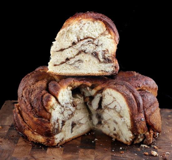 Vanilla Bean Brown Butter Cinnamon Swirl Challah #food