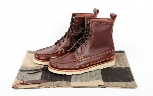 [you_have_broken_the_internet]: Yuketen Maine Guide Boot #laces #snow #hiking #brown #fashion #man #boots