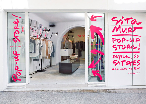 Sita Murt / Sita Murt Pop Up Store identity / Fashion #pink #sign #vinyl #signage #neon
