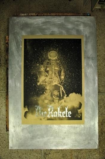 Die Rakete / Handprinted Silkscreen Poster on the Behance Network #die #tind #rakete #poster #silcscreen