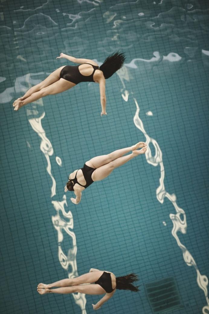 Turning Point by Mark Sanders for Kinfolk - JOQUZ #kinfolk #pool #jump #flip