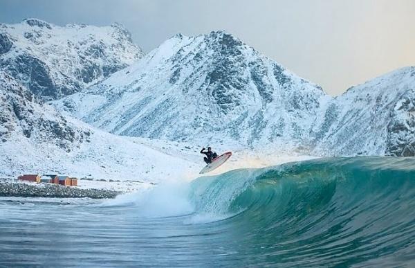 surf2.jpg 662×428 pixels #cold #water #surf