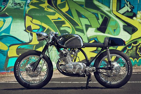 Honda CB77 cafe racer #moto #honda