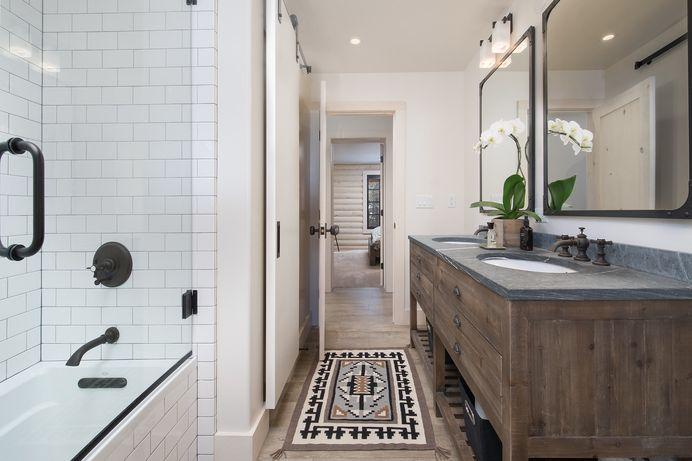 Jackson Log Home — J. Martin Design