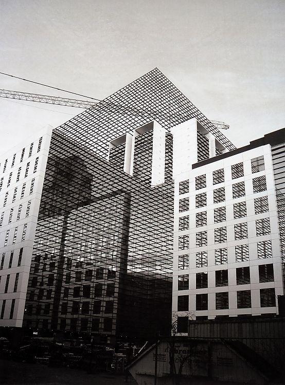 Franz Riedl - Architekturerweiterungen (2012)Finanzamt Wien #urban #graphic