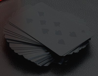 White-on-white/black-on-black playing cards | Minimalissimo #cards #playing