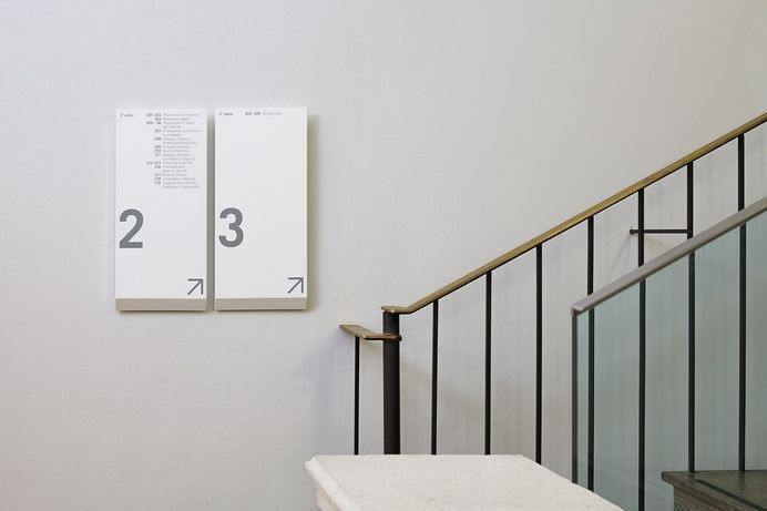 ccrz - Camera di Commercio Como - Chamber of Commerce signage system #signage #wayfinding