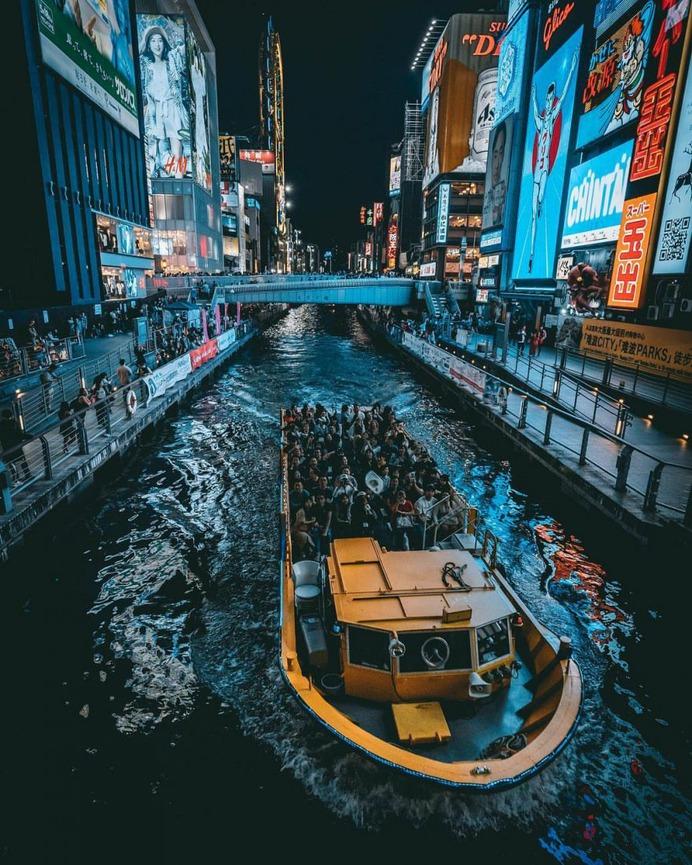 Jun Yamamoto Captures The Magic of Japan Streets at Night