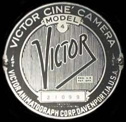 Yintage 1935 VICTOR 16mm Movie Camea #logo
