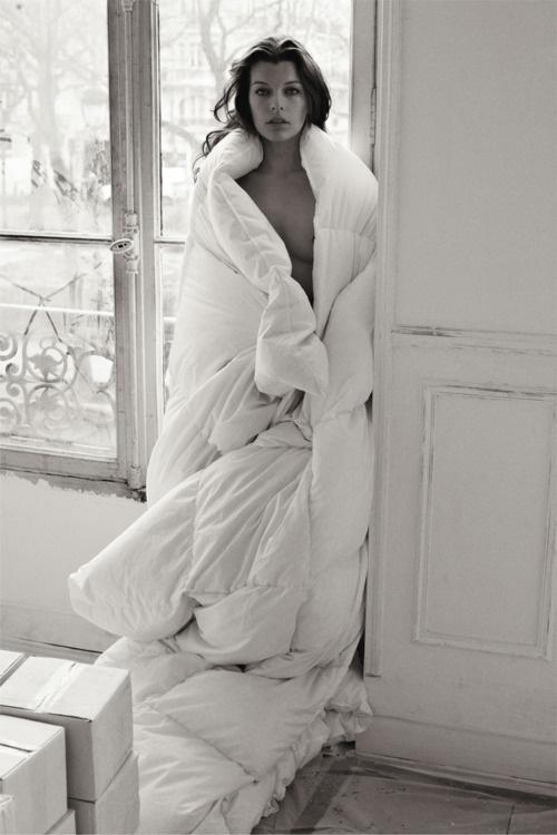 Milla Jovovich #sexy #girl #bedroom #milla #jovovich