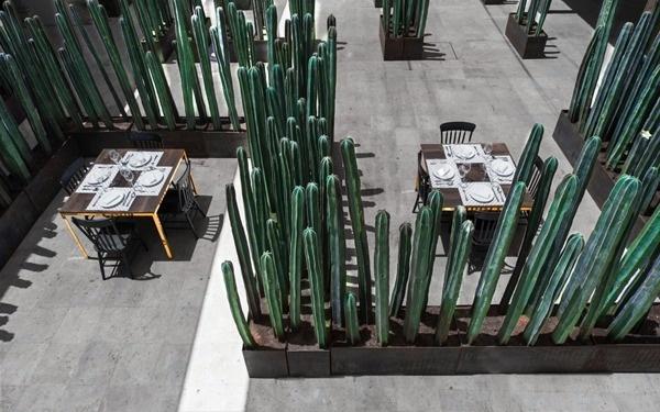 Montero #chair #table #anagrama #restaurant