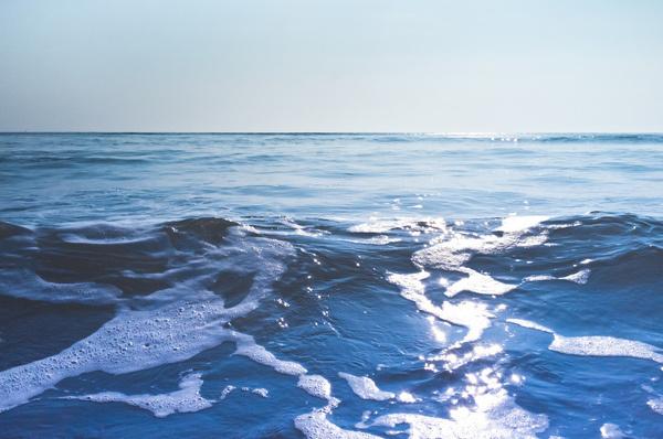 Cool Kids Never Sleep #ocean #salt #white #sky #froth #sea #blue #horizon #waves