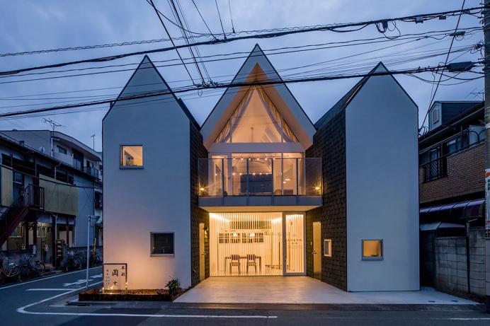http://leibal.com/architecture/cut-house/