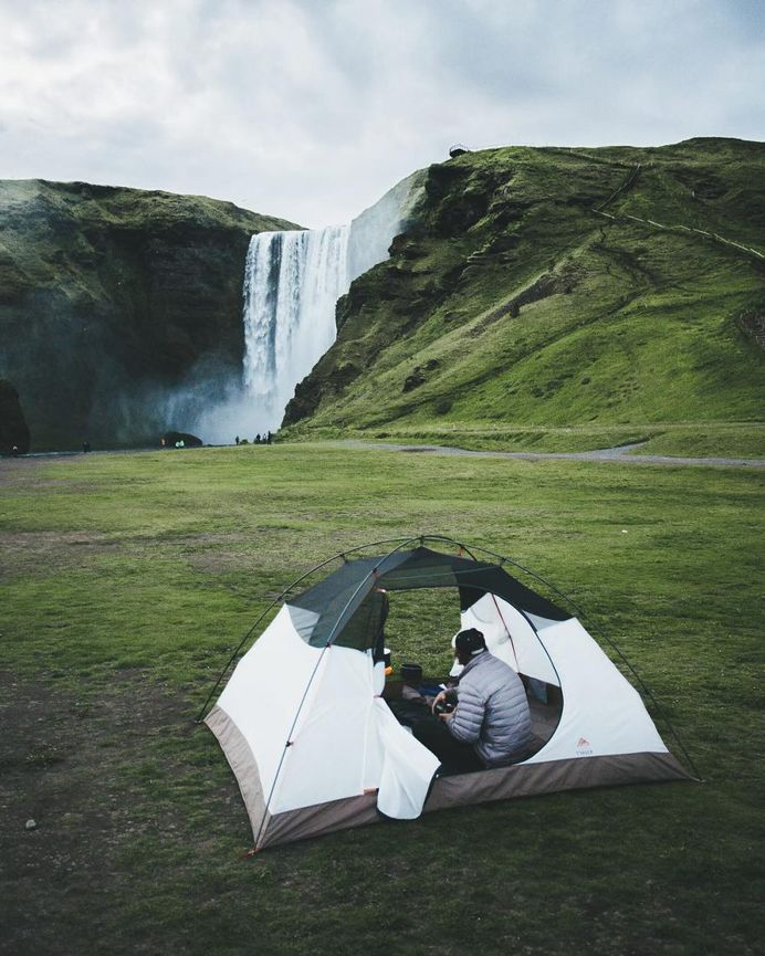 Stunning Lifestyle and Adventure Instagrams by Alex Broadstock