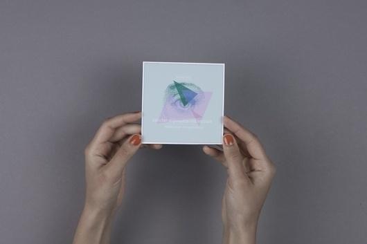 //ANNA MEYER// #flyer #design #graphic #exhibition #eye #pastell #triangle #blue
